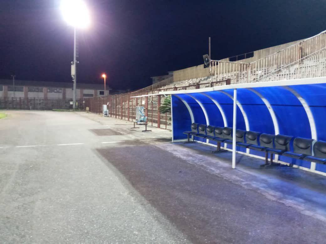 نورافکن های ورزشگاه تختی انزلی تست شد + عکس